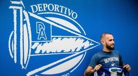Aleix Vidal se mostró encantado con la oferta del Alavés. EFE