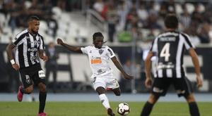Atlético-MG pressiona mais e quase empata jogo. EFE/Marcelo Sayão