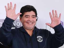 Maradona sous le charme de l'italien De Rossi. EFE/Tatyana Zenkovich/Archivo