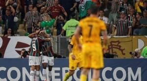Fluminense se carga a Peñarol. EFE