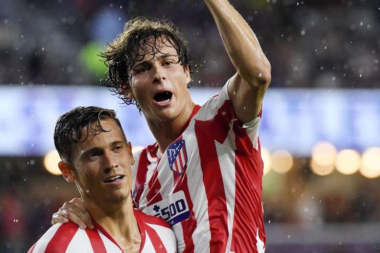 Betis, Madrid y Valencia seguirían atentos a Rodrigo Riquelme. EFE
