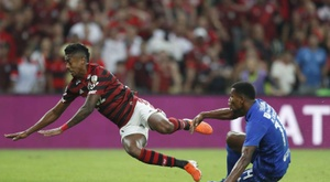 Flamengo reina en Río y Curitiba pasa factura a Palmeiras. EFE