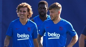 Carles Pérez sigue acercándose a la Roma. EFE