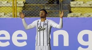 Adrián Martínez hizo el único gol de la contienda. EFE/Archivo