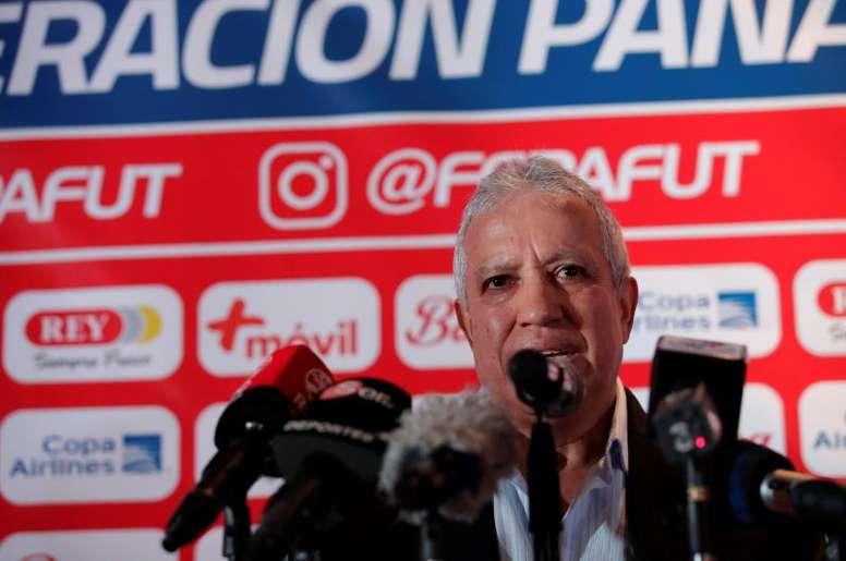 Gallego llega con frescura y ambición en su mensaje. EFE