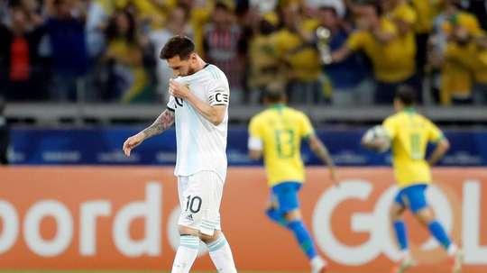 Crespo pense que le football doit beaucoup à Messi. EFE