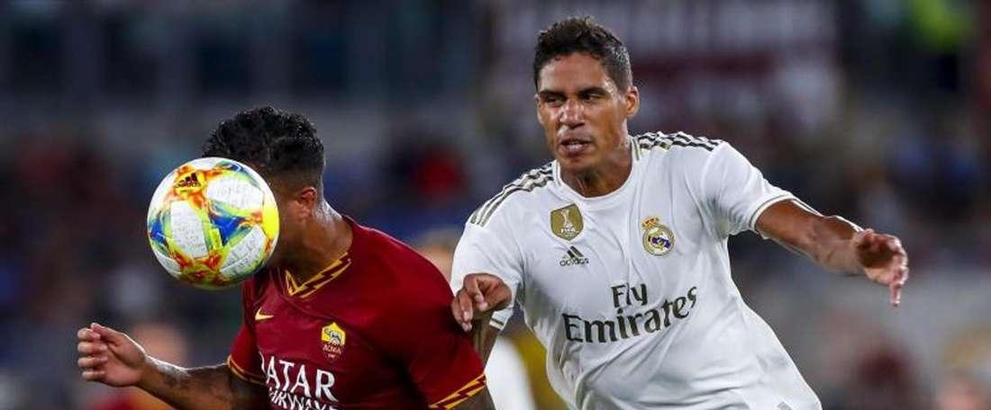 Real Madrid pensa no futuro sem Varane. EFE