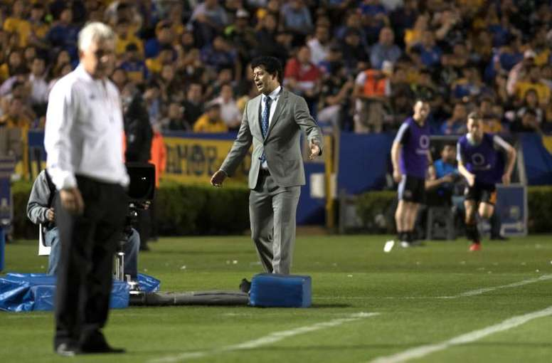 Dynamo Houston cesa a Wilmer Cabrera. EFE/MiguelSierra