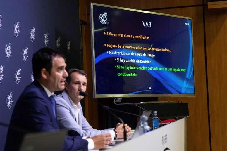 La RFEF cataloga como exitosa la puesta en marcha del VAR. EFE/Rodrigo Jiménez