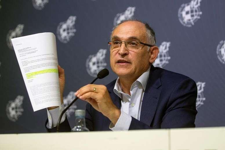Andreu Camps exigió un salario mínimo para las jugadoras. EFE
