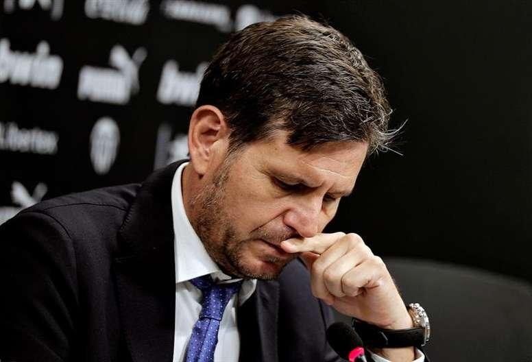 Alemany explicó sus diferencias con Lim por Rodrigo. EFE