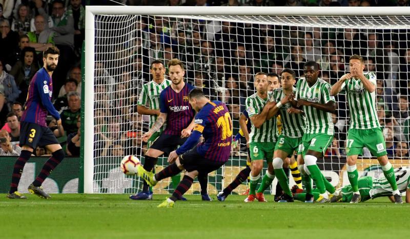 Messi de retour à l'entraînement collectif avant le Betis — FC Barcelone