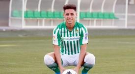 Álex Moreno se mostró muy feliz en su llegada al Betis. RealBetis