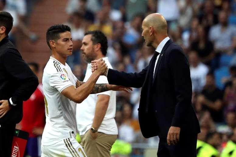 Zidane se rend à Paris avec un milieu de terrain décimé. EFE