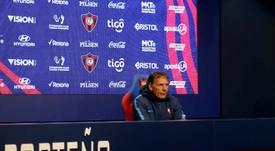 Cerro Porteño tomó la decisión de cesar a Russo. EFE