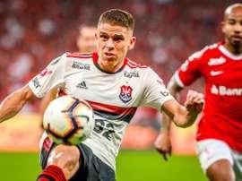 Flamengo libera Cuéllar para negociar com time árabe. EFE/Silvio Ávila
