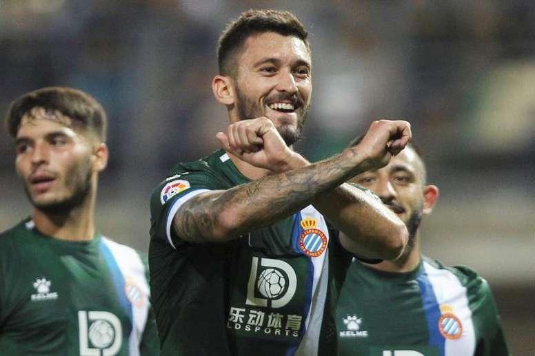 El Benfica estaría buscándole salida a Ferreyra para hacer caja. EFE