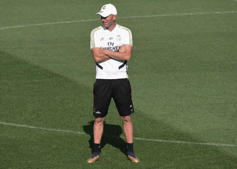 Zidane will make changes to the formation ahead of the match at Sevilla. EFE