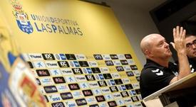 Las Palmas se enfrentará al Cádiz en Segunda División. EFE