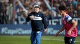 Maradona recibió la visita de su nieto Benjamín Agüero en El Bosque. EFE