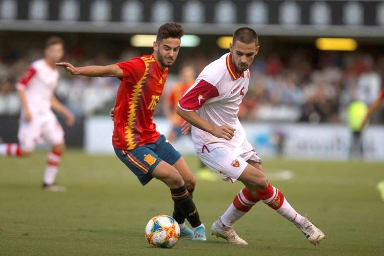 Andrés regresa a Córdoba, esta vez, con la camiseta de España. EFE/DomenechCastelló