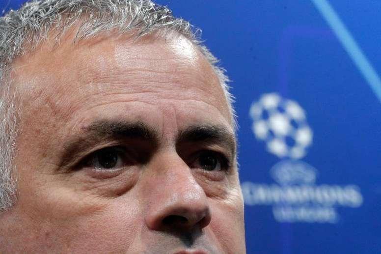 Mourinho todavía está buscando banquillo. EFE