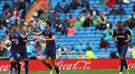 Al Levante le cuesta dejar a cero su portería más allá del Ciutat de València. EFE