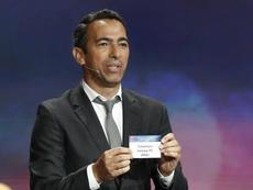 Youri Djorkaeff y Cook dirigirán la Fundación de la FIFA. EFE