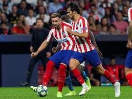 El encuentro enfrentó a los dos mayores talentos actuales del fútbol luso. EFE