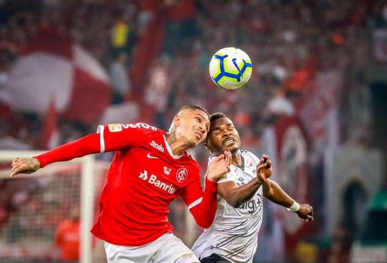 Otra final perdida para Paolo Guerrero en 2019. EFE