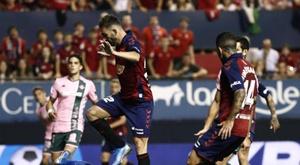 Osasuna sairá duas horas mais tarde a Granada. EFE/Jesús Diges