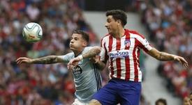 Giménez y Maxi Gómez podrán un toque charrúa al encuentro. EFE