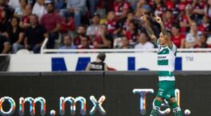 Brian Lozano mantiene vive el sueño del Apertura. EFE