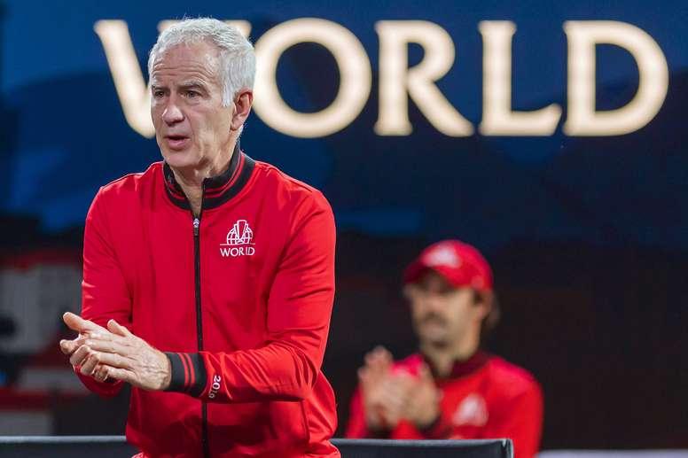 John McEnroe durante la jornada de este sábado de la Copa Laver. EFE/EPA/Martial Trezzini