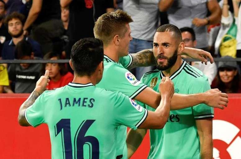 El Madrid gana, y bien, en Sevilla. EFE