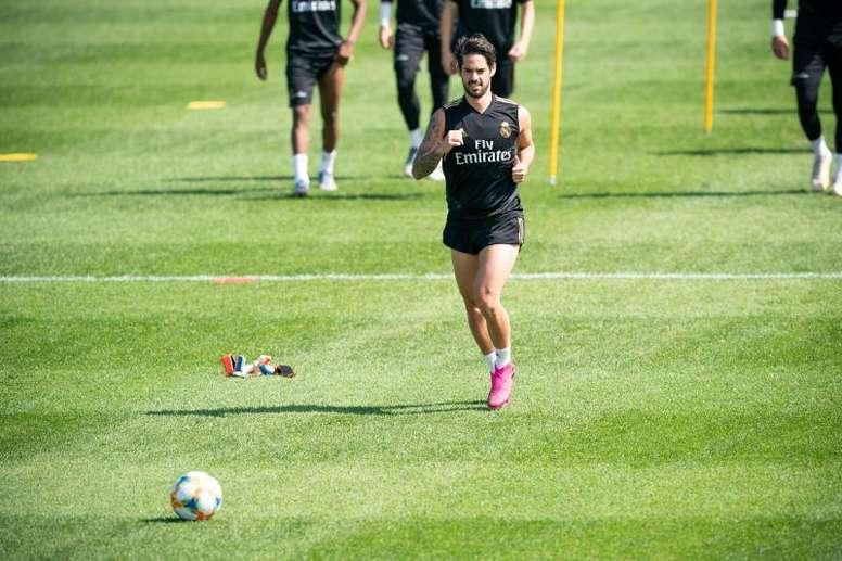 Isco volta a treinar com o time. EFE/Johany Jutras