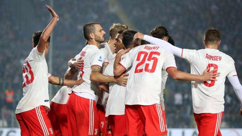 Pjanic fue el salvador de la Juventus en la segunda mitad. EFE