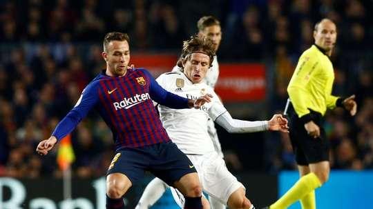 Barça e Real se negam a jogar o Clásico no Bernabéu. EFE/ Enric Fontcuberta/Archivo