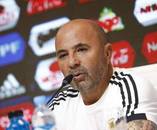 Jorge Sampaoli quer reforço vindo do futebol argentino. EFE/David Fernández/Arquivo
