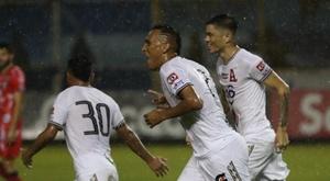 Alianza e Isidro Metapán suman otro triunfo. EFE/ Rodrigo Sura