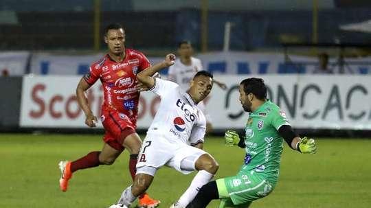 Alianza y Olimpia Honduras ponen un pie en semifinales. EFE/ Rodrigo Sura