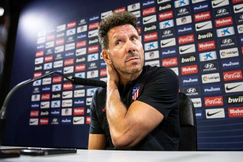 Simeone profundizó en lo que será el Atlético de Madrid esta temporada. EFE