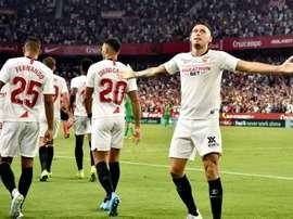 Ocampos não treina com o Sevilla. EFE/ Raúl Caro