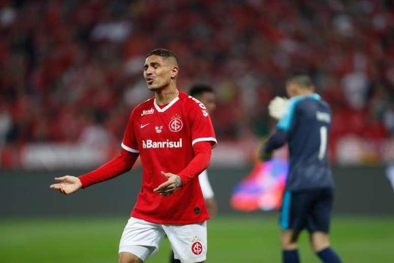Riquelme quiere a Guerrero para Boca. EFE
