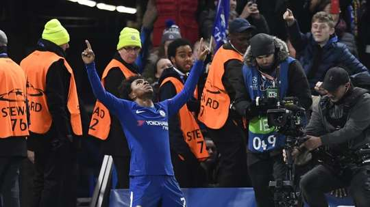 Willian anunció que deja Stamford Bridge. EFE