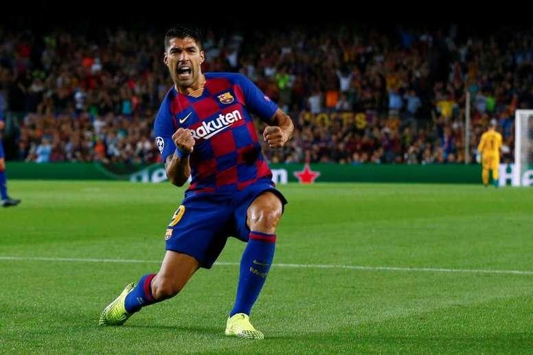 El Inter le puso las cosas complicadas al Barcelona, pero Luis Suárez y Messi reaccionaron. EFE