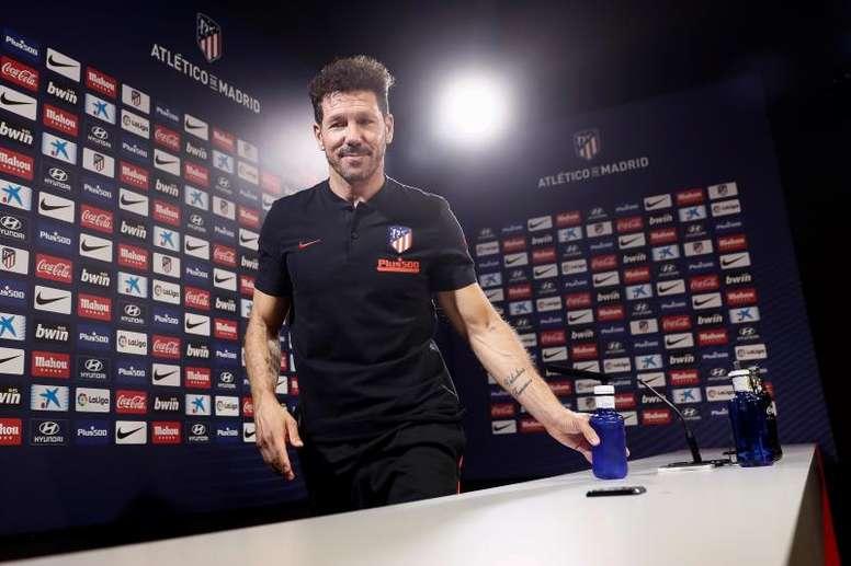 Simeone respondió sobre el aplazamiento del 'Clásico'. EFE