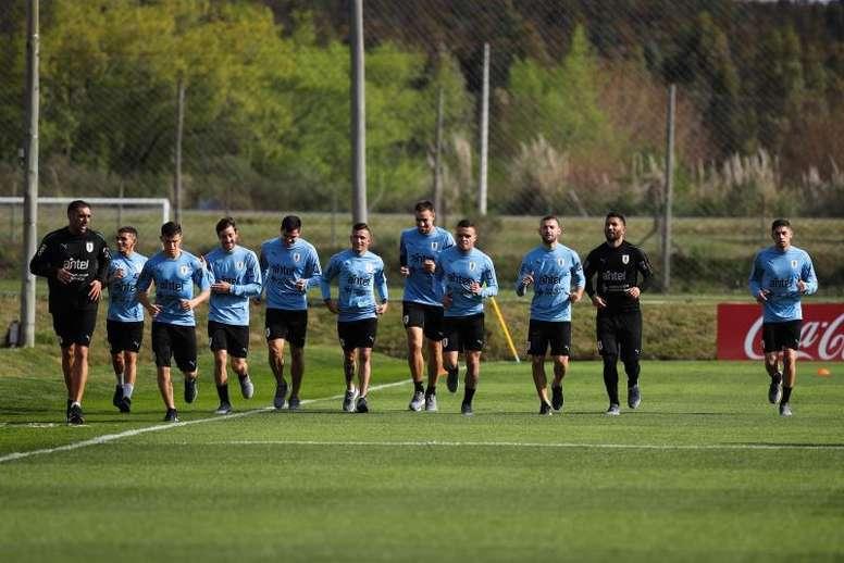 Fede Valverde acaparó las miradas en Uruguay. EFE