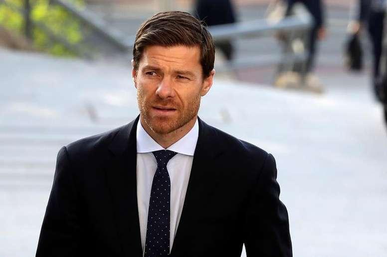 Et si le futur coach du Bayern était Xabi Alonso ? EFE/J.J. Guillen