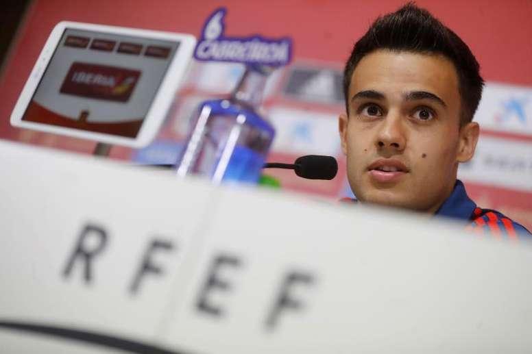 Reguilón y Pau Torres se quedaron sin debut. EFE/Juan Carlos Hidalgo